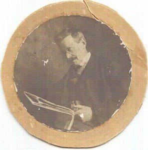 Thomas F R Briggs circle